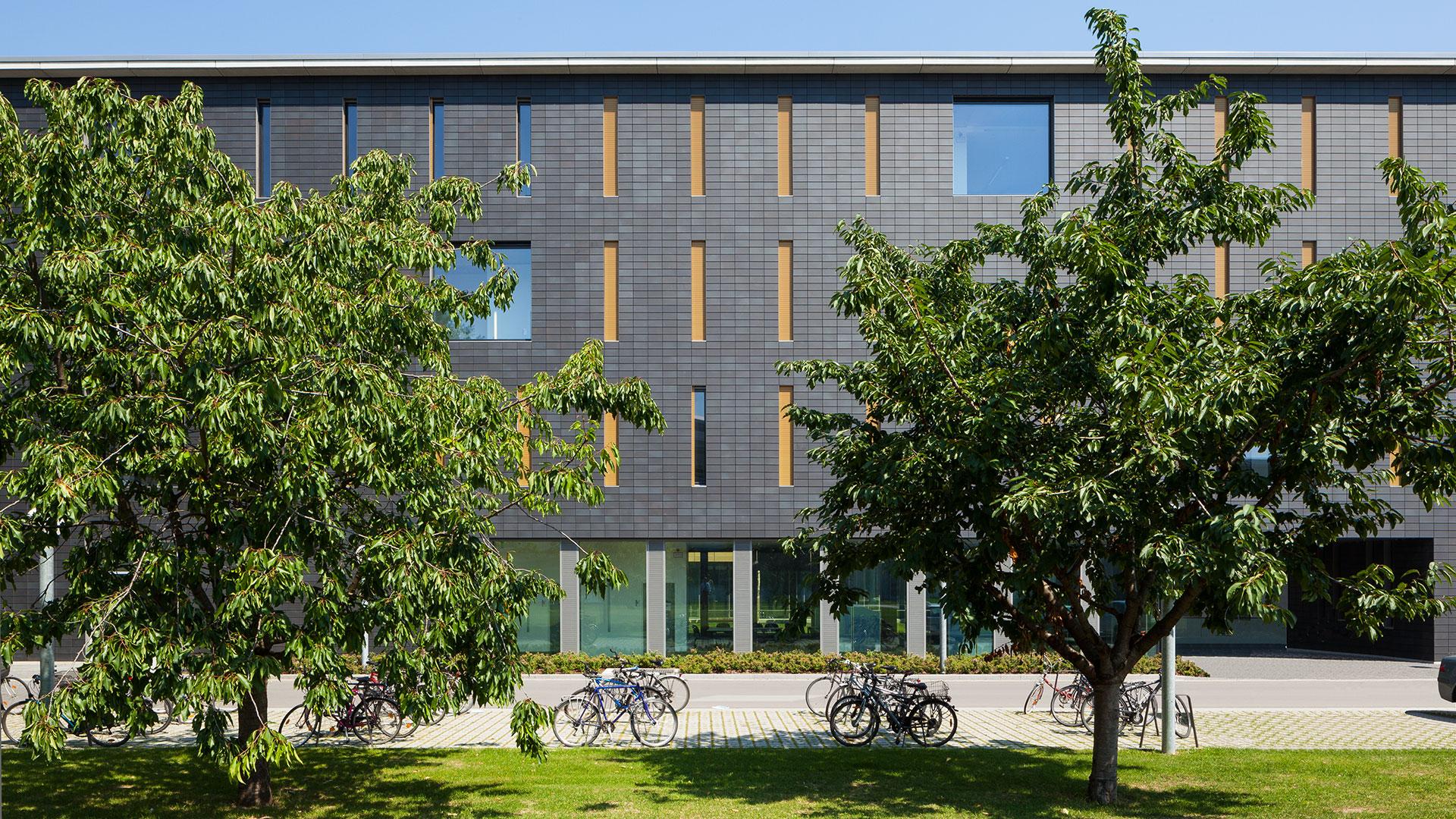 Physikalisches Institut Frankfurt 1 - ArGe Architekten