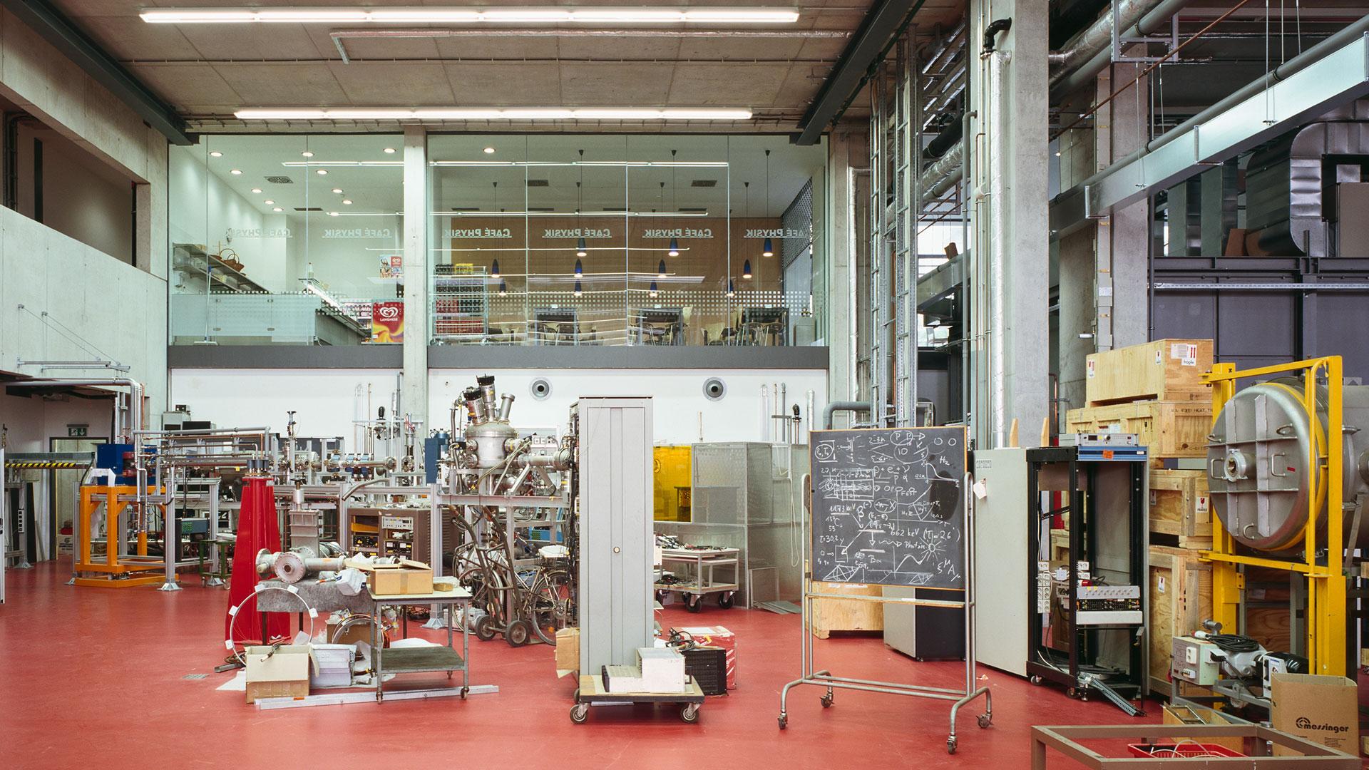 Physikalisches Institut Frankfurt 4 - ArGe Architekten