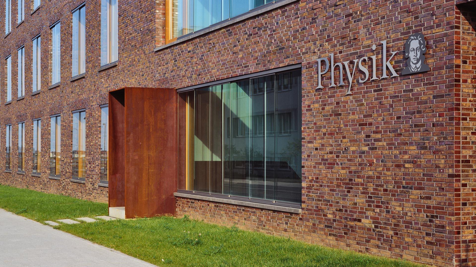 Physikalisches Institut Frankfurt 5 - ArGe Architekten
